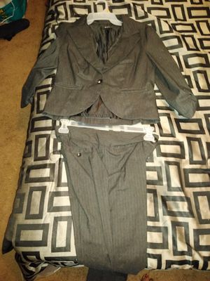 Clothing & shoes for Sale in Wichita, KS