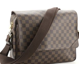 Louis Vuitton Shelton Messenger Bag Damier MM for Sale in Moreno Valley,  CA
