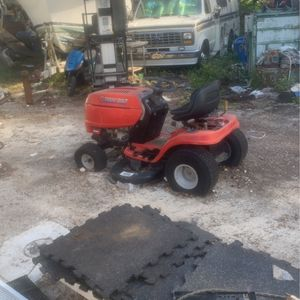 Troy Built Tractor for Sale in Miami Gardens, FL