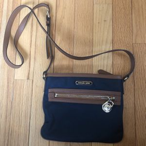 Michael Kors Crossbody Bag for Sale in Levittown, PA