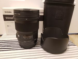 Sigma 50mm 1.4 Art for Canon for Sale in Mill Creek, WA