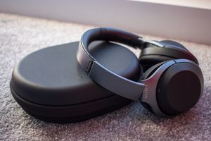 Sony - 1000XM2 Noise Cancelling Headphone for Sale in Westerville, OH