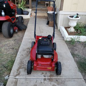 Mower toro comercial Kawasaki eguine for Sale in Fort Worth, TX