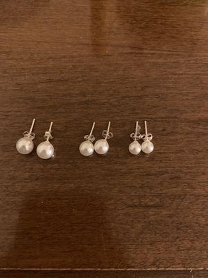 Pearl earrings for Sale in Toledo, OH