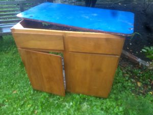 Cabinet Free for Sale in Seattle, WA