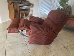 Sofa recliner free for Sale in Phelan, CA