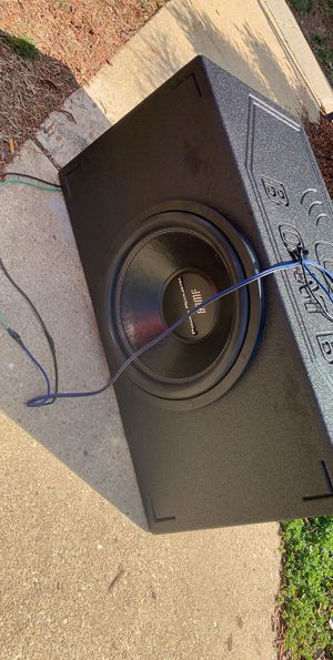 """Power Acoustic 15"""" and box for Sale in Oxon Hill, MD"""