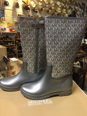 Girls rain boots for Sale in Pittsburg, CA