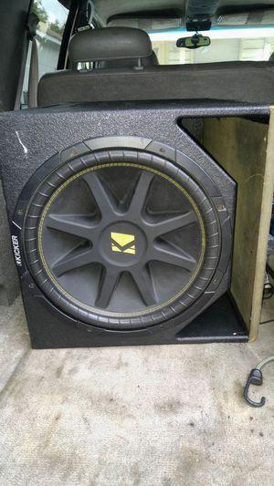 Kicker 15 in pro box w/ 1500 watt planet audio amp for Sale in Lancaster, TX