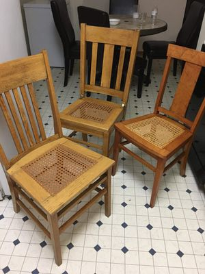 3 wood chairs like new for Sale in Lincoln, NE