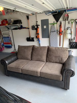 Brand new beautiful 3 person leather / fabric couch. for Sale in Monroe Township, NJ