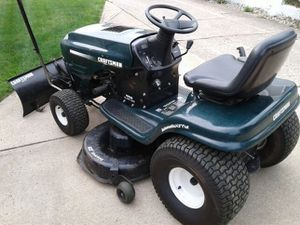 Craftsman riding lawn mower for Sale in Brook Park, OH