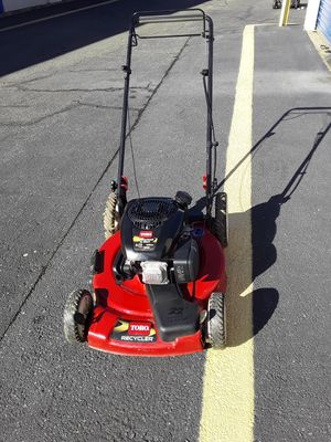 TORO LAWN MOWER, RECYCLER GUARANTEED TO START 22 INCHES, SELF PROPELLED WORKS GREAT, FOR THIS PRICE GET READY FOR SPRING for Sale in Bladensburg, MD