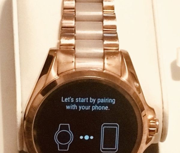 e1dfdc61a Michael kors rose gold smart watch for Sale in Columbus, GA - OfferUp