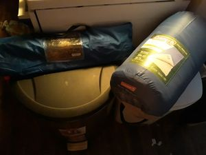 Two-person tent with sleeping bags for Sale in Maplewood, MN