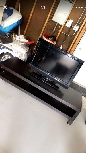 Tv stand for Sale in Glendale Heights, IL