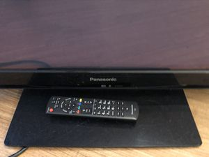"""42"""" Flat Screen TV for Sale in Chicago, IL"""