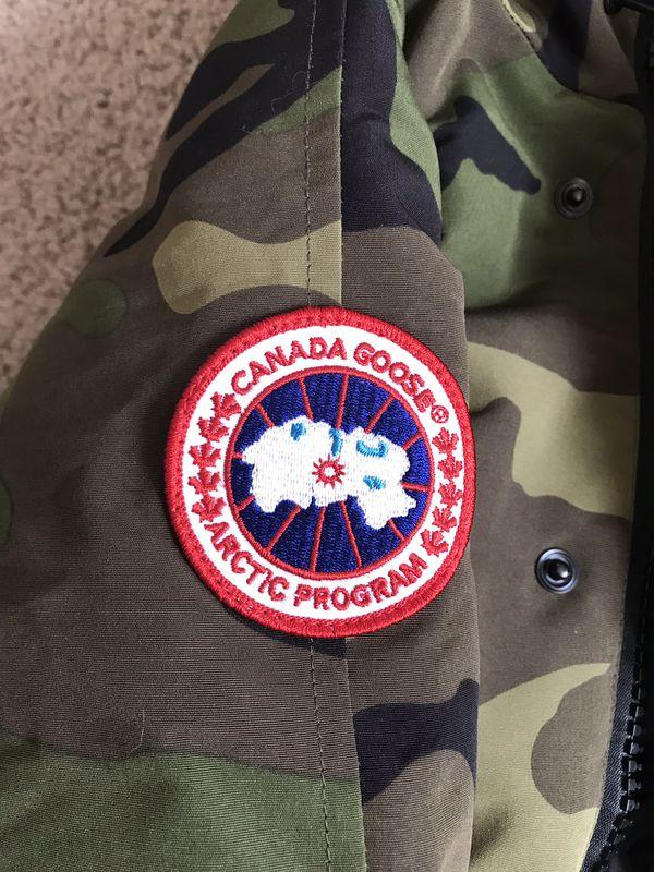Canada Goose 🇨🇦 Women Parka Size Medium Brand New $850