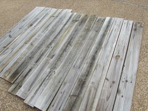 "Genuine Reclaimed Wood Gray 60"" NEGOTIABLE for Sale in Oro Valley, AZ"