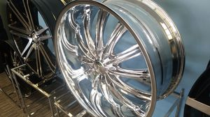 "24"" 5x115 5X120 CHROME RIMS IN STOCK no CREDIT FINANCING available for AS LOW AS $1 for Sale in Portland, OR"