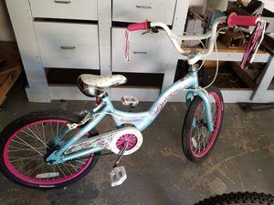 Girls schwinn bike for Sale in Bel Aire, KS