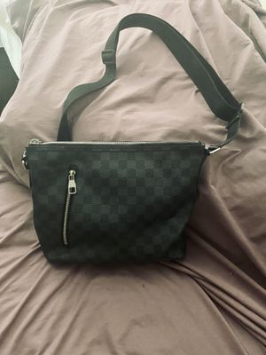 Louis Vuitton for Sale in Town and Country, MO