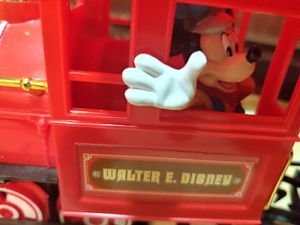 WALTER E DISNEY WORLD RESORT TRAIN SET for Sale in Hesperia, CA
