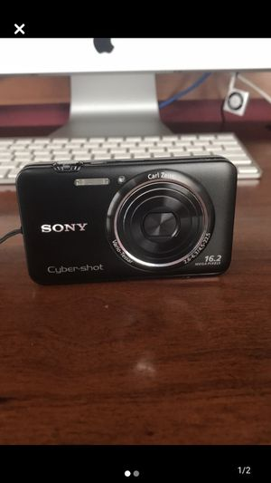 Camera (Sony sybershot) for Sale in Raynham, MA