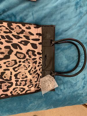 The Chelsea Tote Bag New Leopard Print for Sale in St. Louis, MO