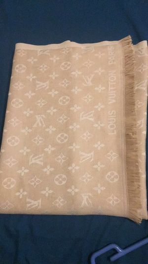 Louis Vuitton scarf for Sale in San Diego, CA