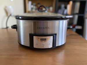 Crock pot for Sale in Baltimore, MD