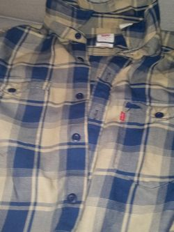 Levi Bundle Shirt & Jeans for Sale in Philadelphia,  PA