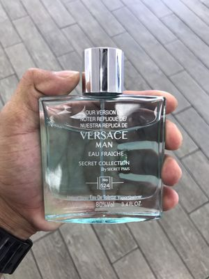 Perfume de Hombre for Sale in Kissimmee, FL