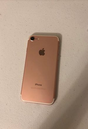 iPhone 7 32 GB rose gold for Sale in Ronald, WA
