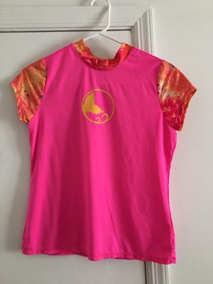 Girls pink beach shirt for Sale in Tampa, FL
