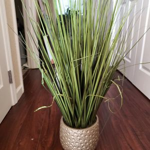 32 Inches Tall Fake Plant for Sale in Beaverton, OR