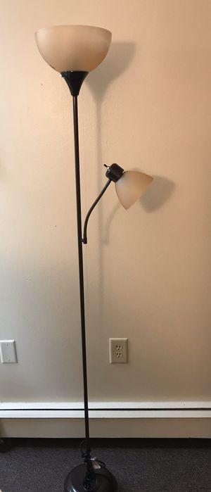 3 Way Floor Lamp for Sale in Morrill, NE