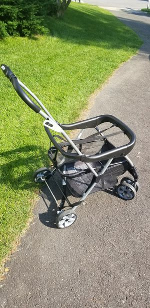 infant car seat carrier for Sale in Springfield, VA