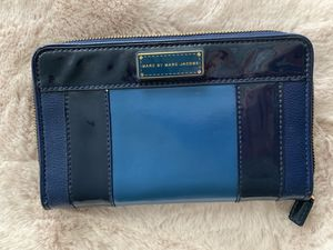 Marc by Marc Jacobs leather wallet for Sale in Chicago, IL