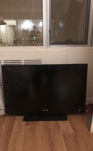 36 inch LCD Sony tv for Sale in Washington, DC