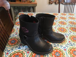 Ladies Harley Davidson boots with pink stitching size 7 1/2 worn 3 times in new condition for Sale in Martinsburg, WV
