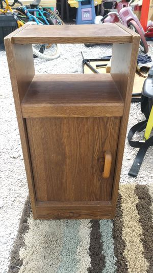 Small table shelf for Sale in Indianapolis, IN