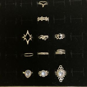 NWOT 11 piece knuckle ring set for Sale in Freeland, PA