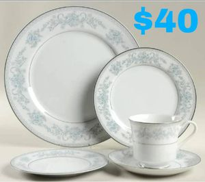 28 Piece Fine China Dinner Set for Six for Sale in Escondido, CA
