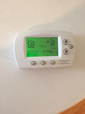 Honeywell Programmable Thermostat for Sale in Columbus, OH