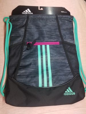 New Adidas backpack for Sale in Chicago, IL