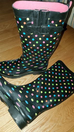 Rain boots size 9 for Sale in Columbia, MD