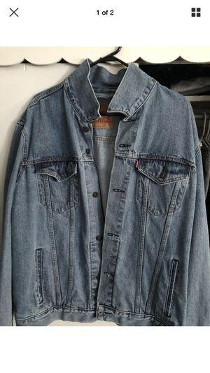 Levi's denim jacket men's xl for Sale in Levittown, PA