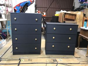 Blue Dressers with Gold Knobs for Sale in Fresno, CA