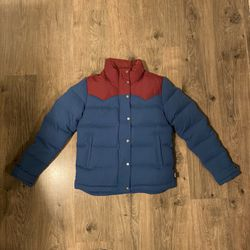 patagonia bevy down jacket for Sale in Monroe,  WA